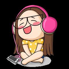 TuaGom :a little cute girl