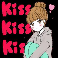 A popular girl who kisses(animation)