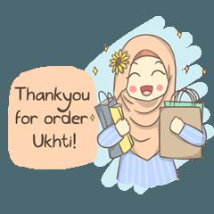 Azmeela Hijab : Happy Shopping