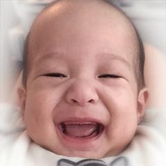 สติ๊กเกอร์ไลน์ Yien My Baby